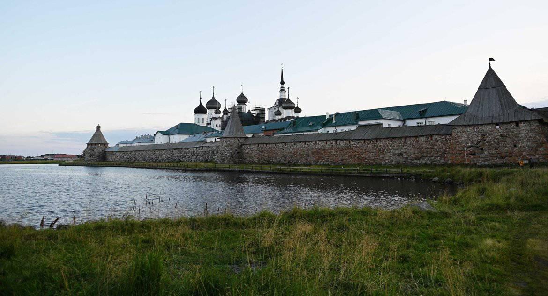 Патриарх Кирилл предложил продумать режим посещения Соловков туристами