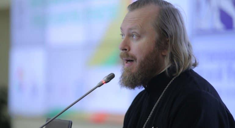 Комиссию по вопросам семьи вместо отца Димитрия Смирнова возглавил священник Феодор Лукьянов
