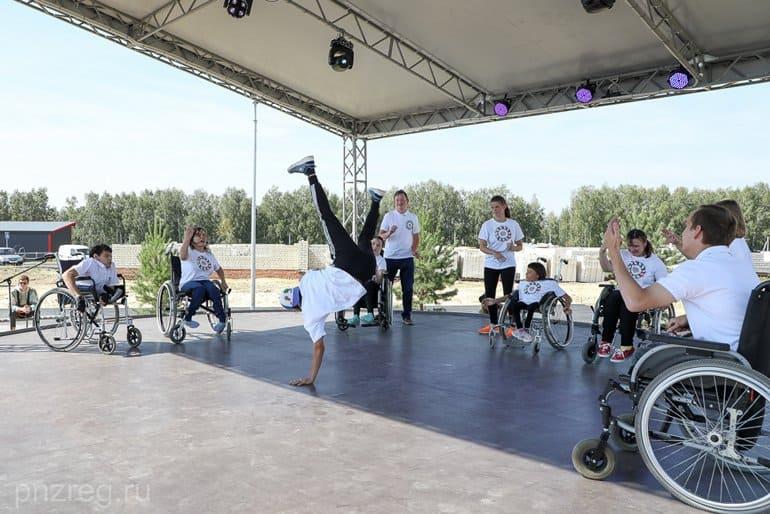 При участии Церкви в Пензе открыли уникальный «умный дом» для инвалидов
