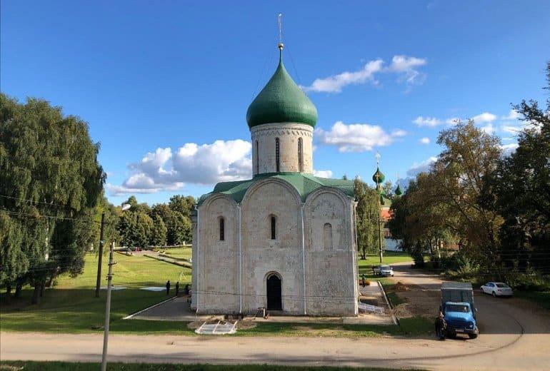 Редкое граффити с загадочным животным нашли в Спасском соборе Переславля-Залесского