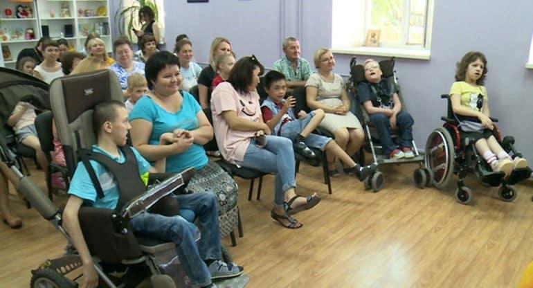Клуб для встреч «особых» детей открыла Астраханская епархия