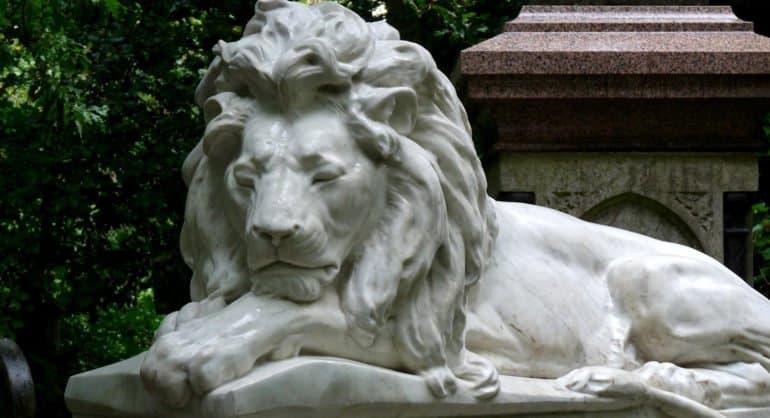 Католический храм в Йоркшире украсят скульптурами героев «Хроник Нарнии»