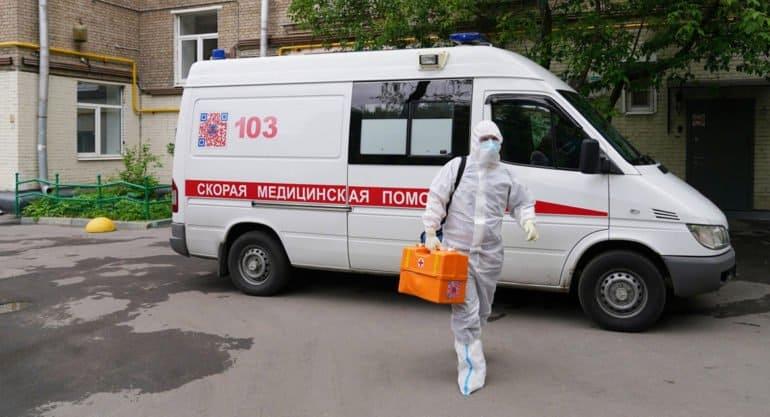 За сутки ковидом в России заболело чуть больше 8 тысяч человек