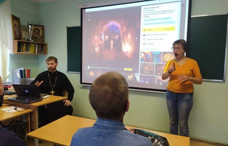 Проект для людей с нарушениями слуха запустили на одном из приходов Казани