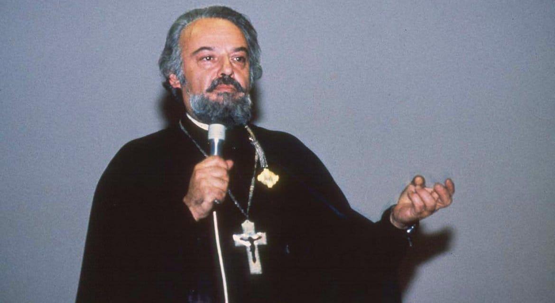 Митрополит Иларион предположил, в каком случае возможна канонизация отца Александра Меня