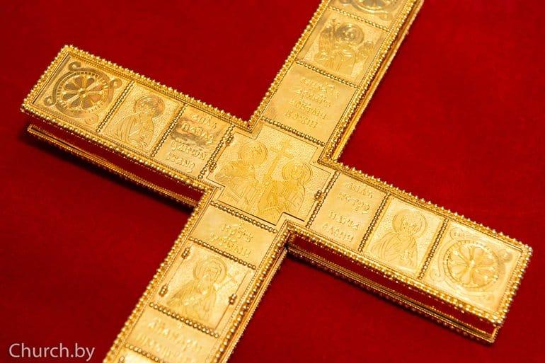 В Беларуси завершается воссоздание святыни XIII века – Туровского креста