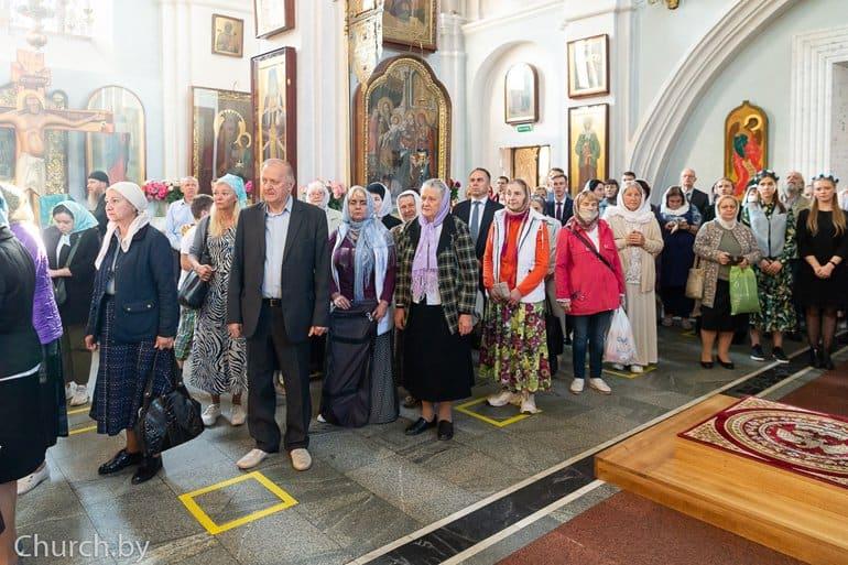 «Это призыв к миру»: в Беларуси воссоздали уникальный Туровский крест