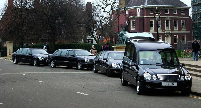 Встретить похоронный кортеж – это очень плохо?