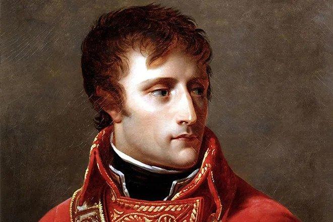 «Правда, что Наполеон чуть ненанялся нарусскую службу?»— почему учитель непобоялся сорвать урок, чтобы ответить наэтот вопрос