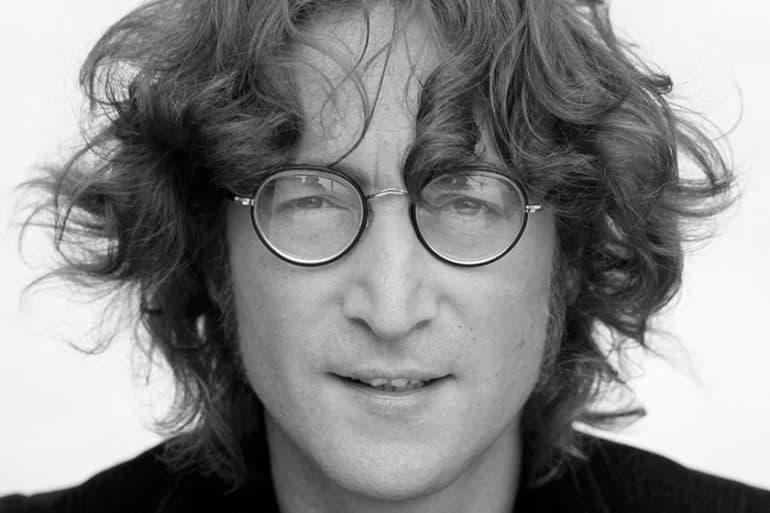 «Представь, что нет ни рая, ни ада… Не за что убивать и умирать, и религии нет»: что не так с этой цитатой Джона Леннона