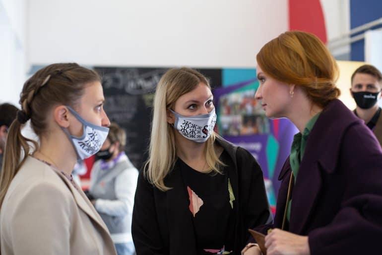 «Пчела» полетела: фонд «Женщины за жизнь» запустил свое социальное медиа