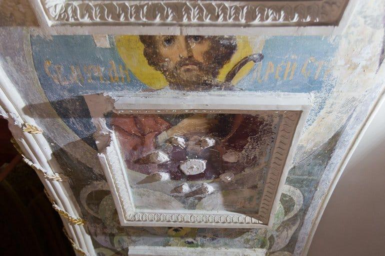 Уникальные фрески Васнецовской школы нашли в челябинском храме
