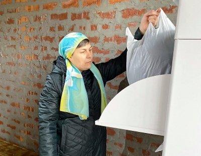 В храмах Екатеринбурга появились контейнеры для благотворительного сбора вещей