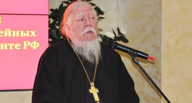 Незадолго до смерти отец Димитрий Смирнов поблагодарил патриарха Кирилла за поддержку
