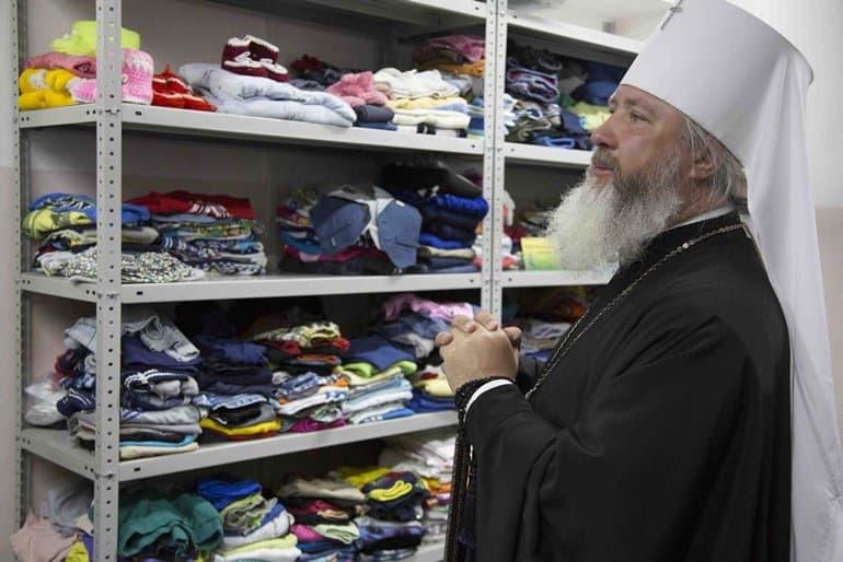При храме Братска открыли склад гуманитарной помощи для нуждающихся
