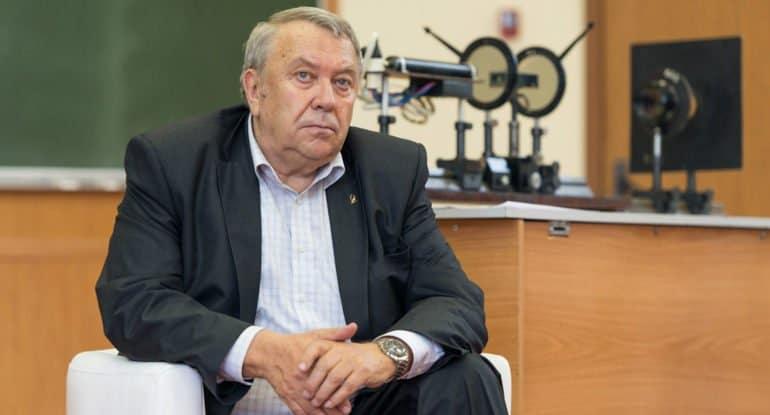 Патриарх Кирилл отметил личное участие Владимира Фортова в издании «Православной энциклопедии»