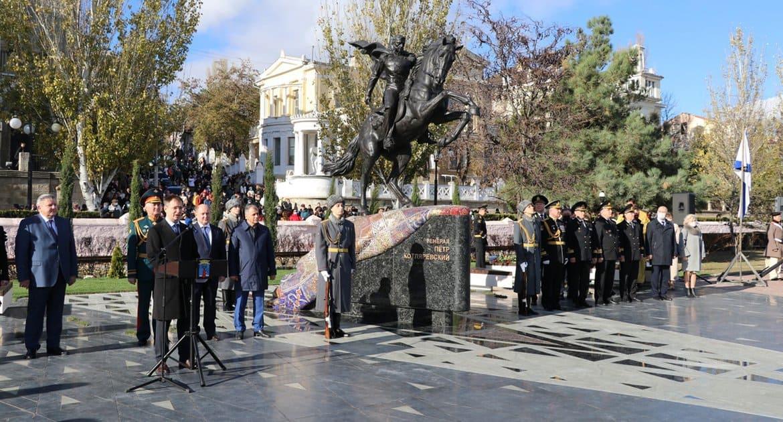 Памятник «кавказскому Суворову» генералу Петру Котляревскому открыли в Феодосии