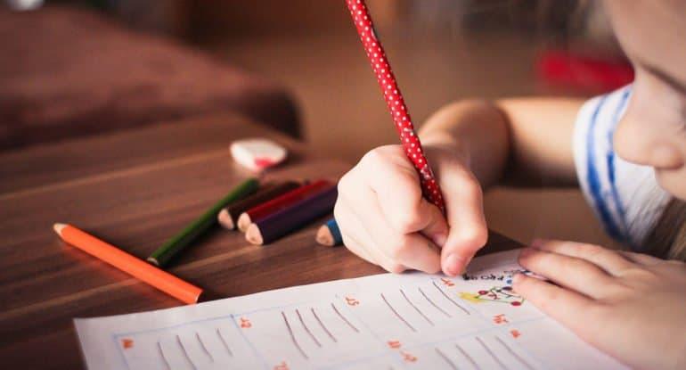 Как не злиться, когда делаю уроки с ребенком?