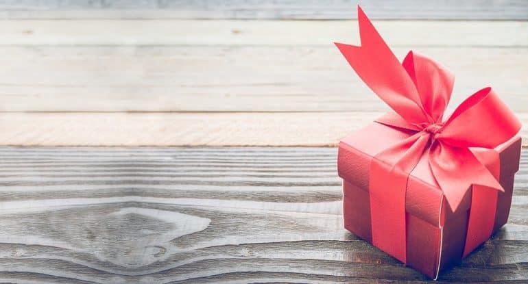 Стали известны первые имена победителей розыгрыша подарков от