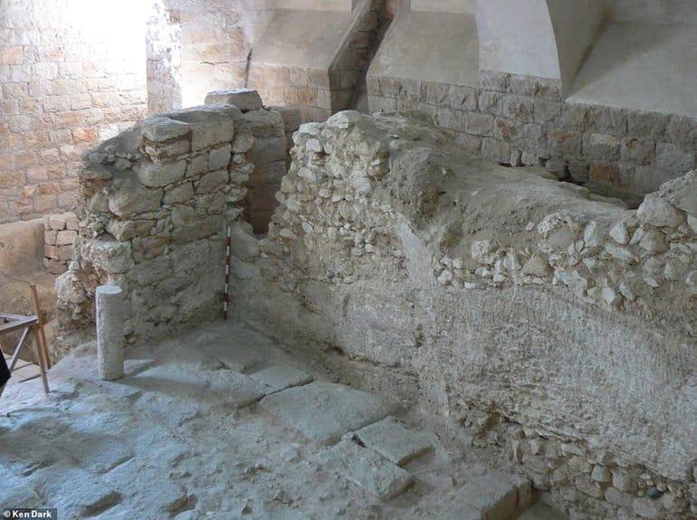 Британский археолог 14 лет изучал дом, в котором, как он считает, вырос Христос
