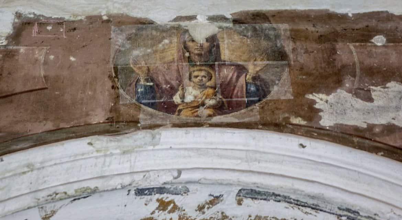 В Церкви обеспокоены тенденцией уничтожать в храмах старинные росписи и заменять их некачественными поделками