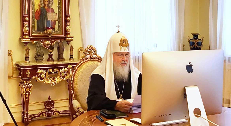 Патриарх Кирилл предостерег священников от ковид-диссидентства