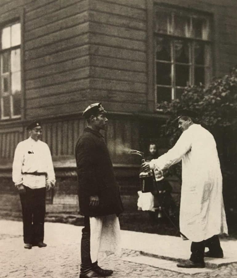 «Нет никакой холеры! Вы все придумали!» — как в XIX веке народ встретил опасную эпидемию и что предпринял московский митрополит
