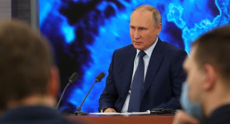 Владимир Путин рассказал о новых мерах поддержки семей с детьми