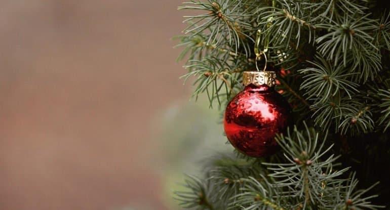 Новогодний компромисс: праздновать или не праздновать во время поста?