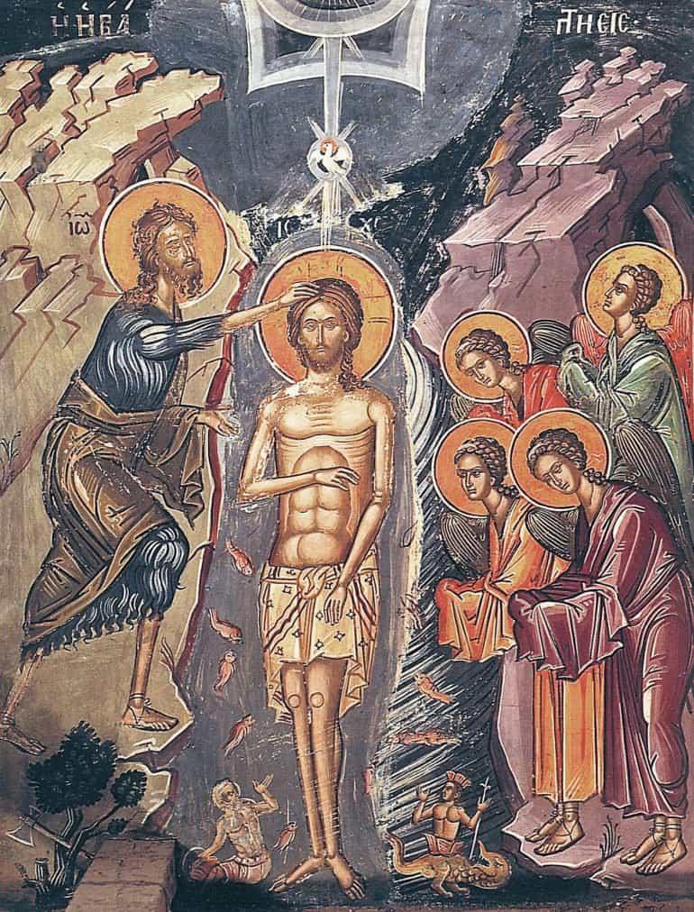 На иконе Крещения в реке есть странный человек. Кто это?
