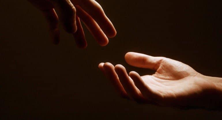 Белорусская Церковь начала оказывать регулярную помощь малоимущим просителям