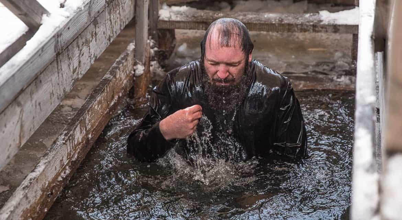 Столичные власти рассказали, где можно будет окунуться в крещенские купели