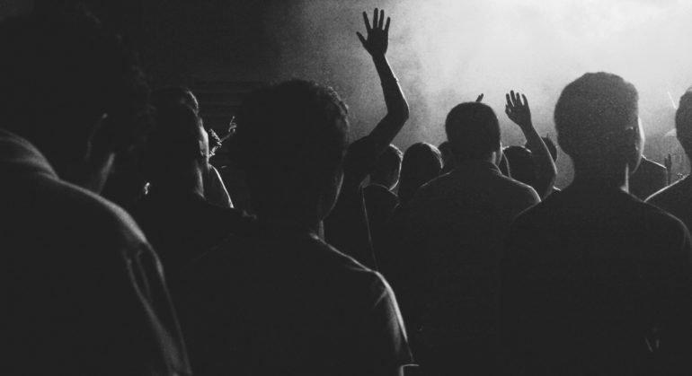 Церковь и каждый конкретный приход должны быть открыты для людей самых разных политических взглядов, – протоиерей Максим...