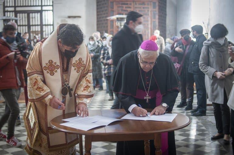 Католический храм XVI века в Гранаде официально передан русской православной общине
