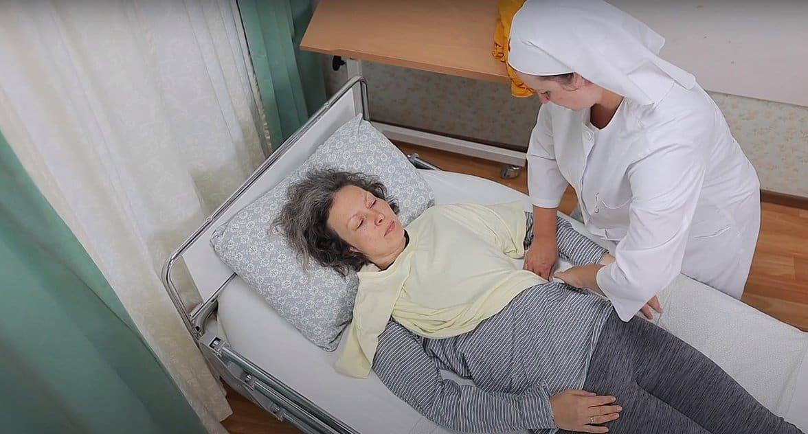 Служба «Милосердие» выпустила новые видеоролики об уходе за тяжелобольными