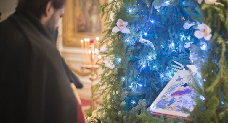 Завершается сочельник и наступает Рождество Христово 2021