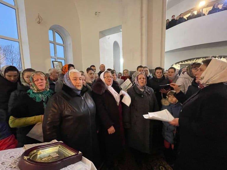 На Волыни православные за 7 месяцев построили большой храм вместо захваченного раскольниками