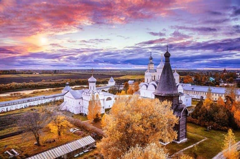 Монастыри Русского Севера: какие обители и почему стоит увидеть своими глазами