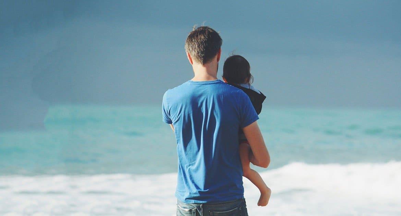 При разводе муж хочет оставить дочь себе. Что делать?