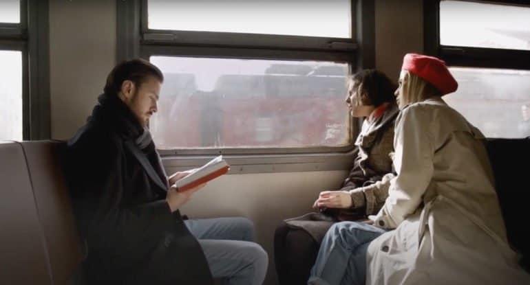 «Сюрприз» Ангелины Карповой — маленькое кино с большим сердцем на сайте «Фомы». Премьера