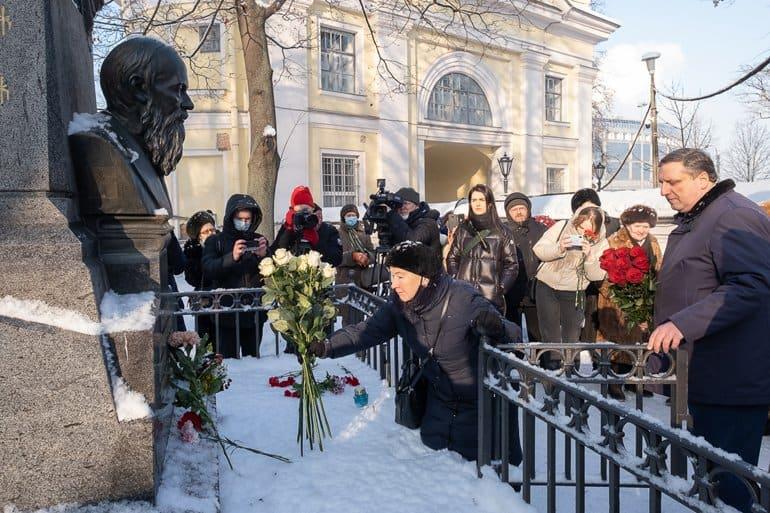 В Петербурге помолились о Федоре Достоевском и Александре Пушкине