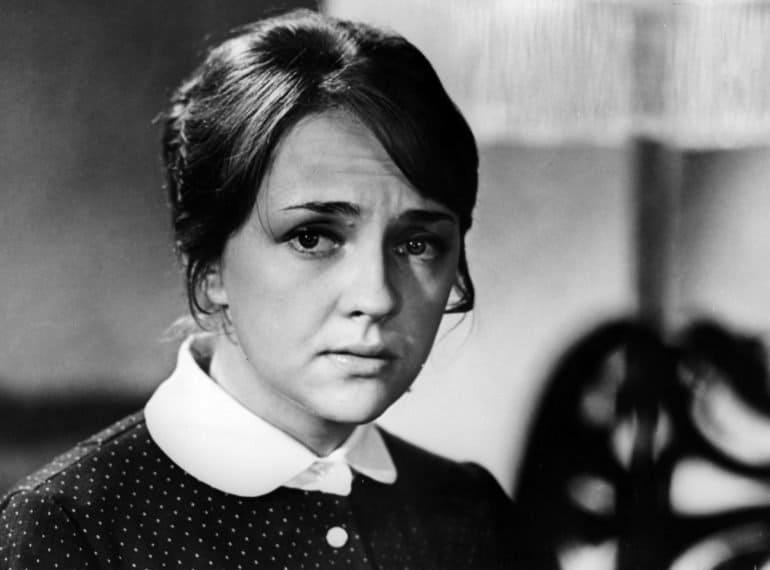 Отец-фронтовик, мама-монахиня и роль радистки Кэт: истории из жизни актрисы Екатерины Градовой