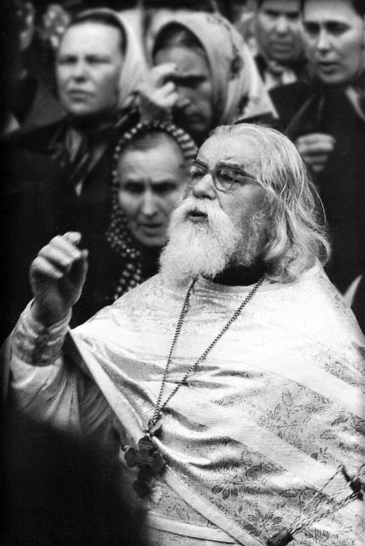 «Лучше покрохам участвовать всозидании, чем одним махом разорять»— сильные цитаты старца Иоанна (Крестьянкина)