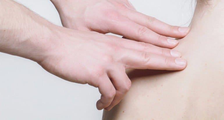 Как относиться к лечению руками и биоэнергетике?