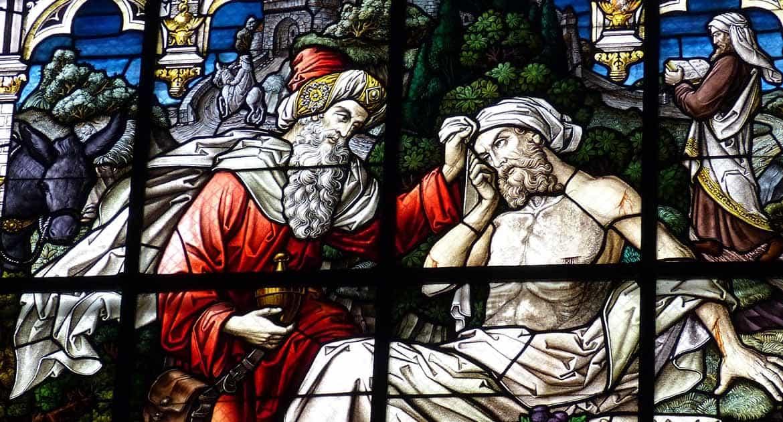 Как святые могут слышать наши молитвы? Ведь они просто люди