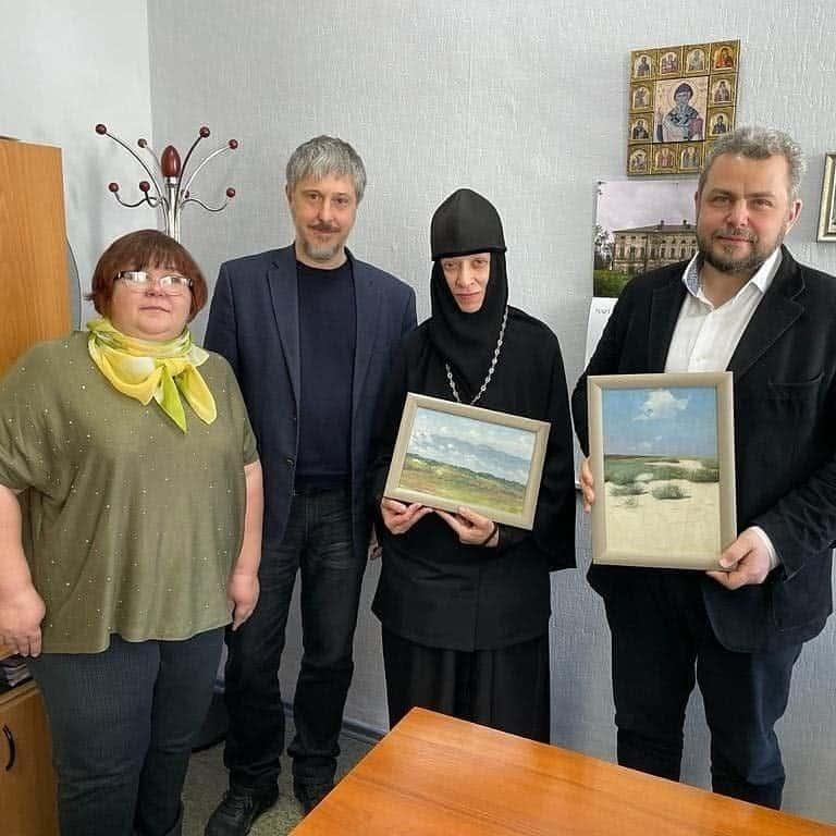 В Переславле-Залесском отреставрировали две уникальные картины святителя Луки Крымского