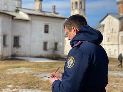 СКР выяснит, почему у новгородского храма падают купола, и никто за это не отвечает