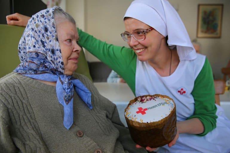 Служба «Милосердие» запустила ежегодную акцию «Дари радость на Пасху»
