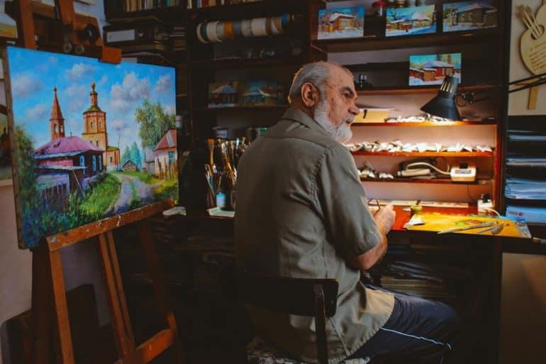 Жизнь маленького города на снимках иерея Дионисия Ворсобина
