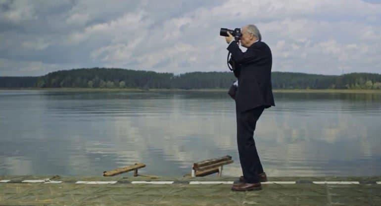 В Москве покажут фильм об американце, сделавшем более 150 тысяч фото русских храмов